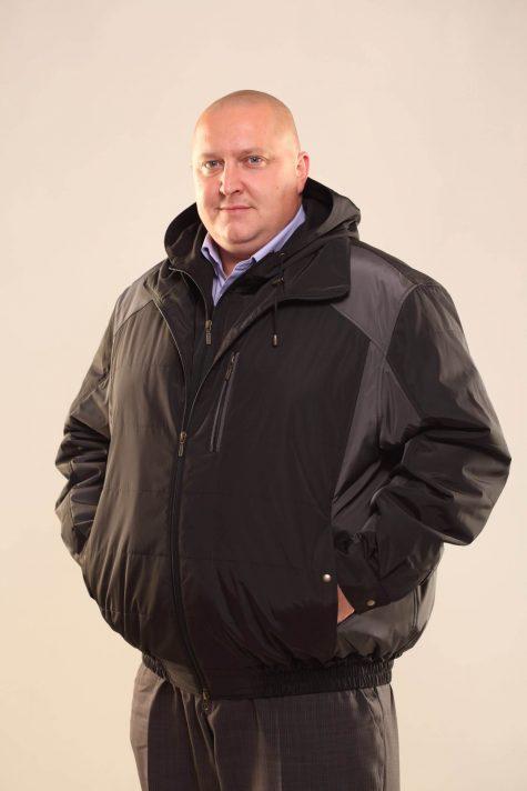 Двухцветная куртка с капюшоном, цвет черный в интернет-магазине Фабрики Тревери