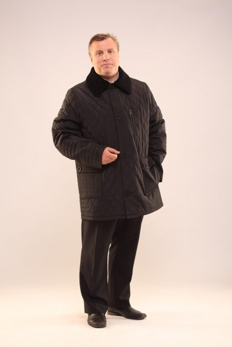 Куртка из стежки с воротником, цвет черный в интернет-магазине Фабрики Тревери