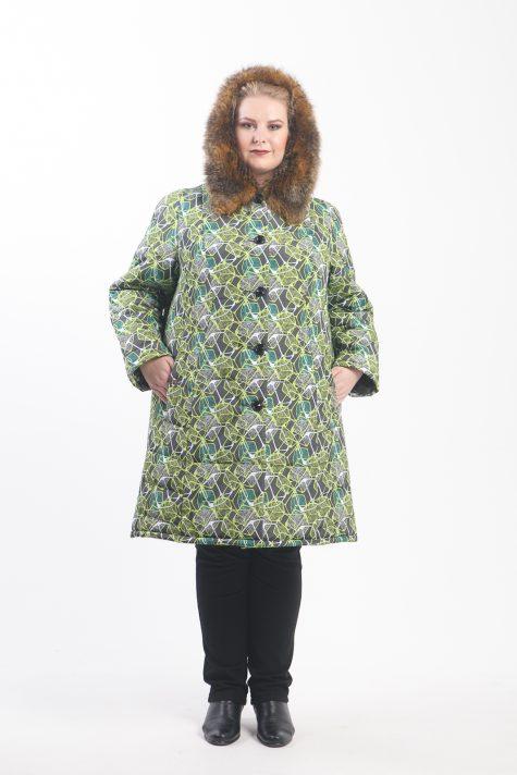 Пальто с отделкой из енота, цвет зеленый в интернет-магазине Фабрики Тревери