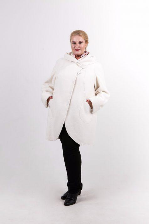 Пальто из драпа варенка, цвет белый в интернет-магазине Фабрики Тревери