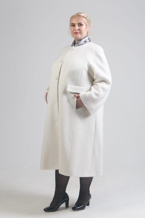 Длинное черное пальто Шанель, цвет белый в интернет-магазине Фабрики Тревери