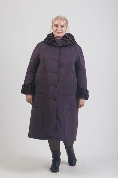 Зимнее пальто с меховым капюшоном, цвет фиолетовый в интернет-магазине Фабрики Тревери
