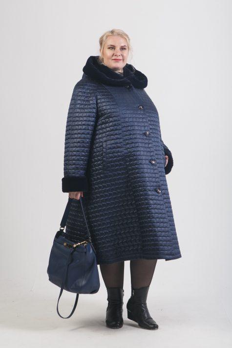 Зимнее пальто с меховым капюшоном, цвет синий в интернет-магазине Фабрики Тревери