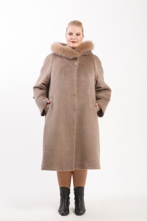 Пальто из 75% Альпаки с песцом, цвет бежевый в интернет-магазине Фабрики Тревери