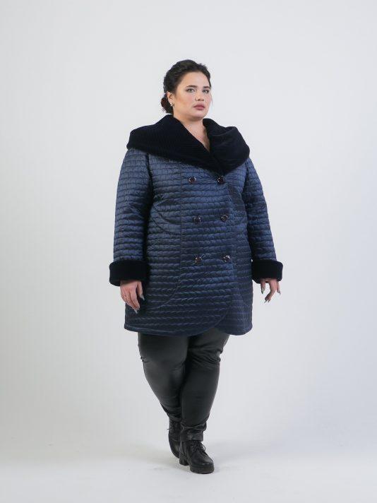 Зимнее полупальто с меховым капюшоном, цвет синий в интернет-магазине Фабрики Тревери