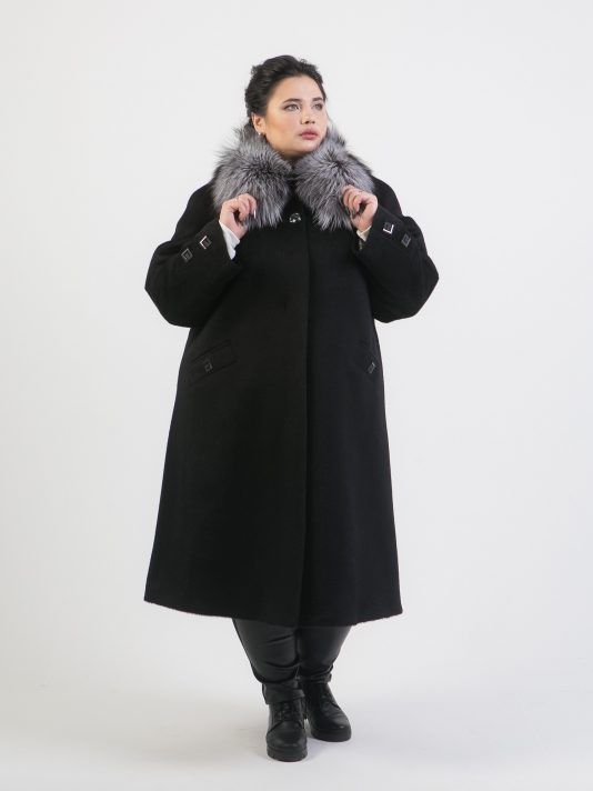 Зимнее ворсовое пальто из Альпаки с воротником из чернобурки, цвет черный в интернет-магазине Фабрики Тревери