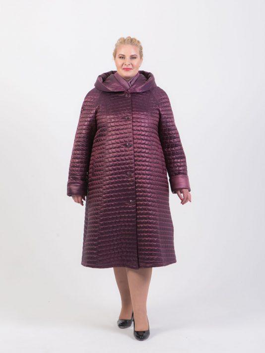 Длинное стеганное пальто трапеция, цвет бордовый в интернет-магазине Фабрики Тревери