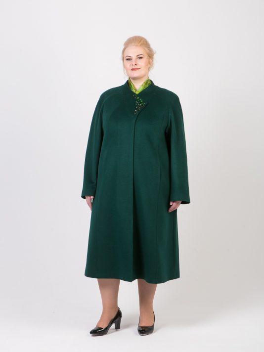 Зеленое драповое пальто со стразами, цвет зеленый в интернет-магазине Фабрики Тревери