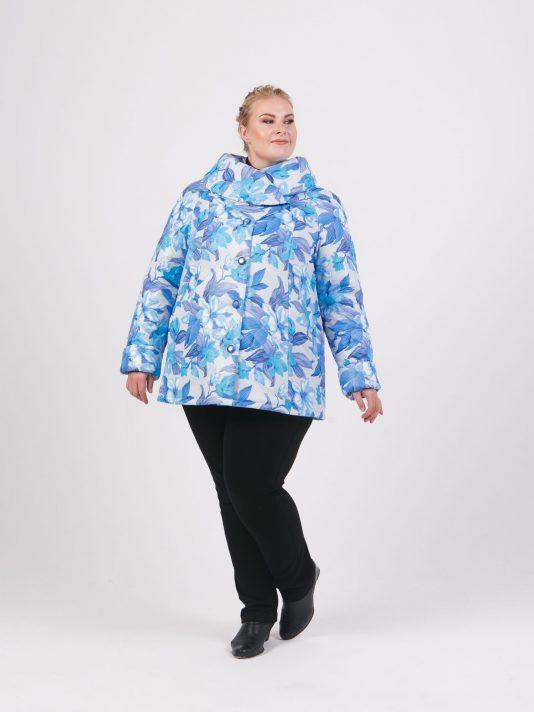 Демисезонная куртка с воротником из принтованной ткани, цвет голубой в интернет-магазине Фабрики Тревери