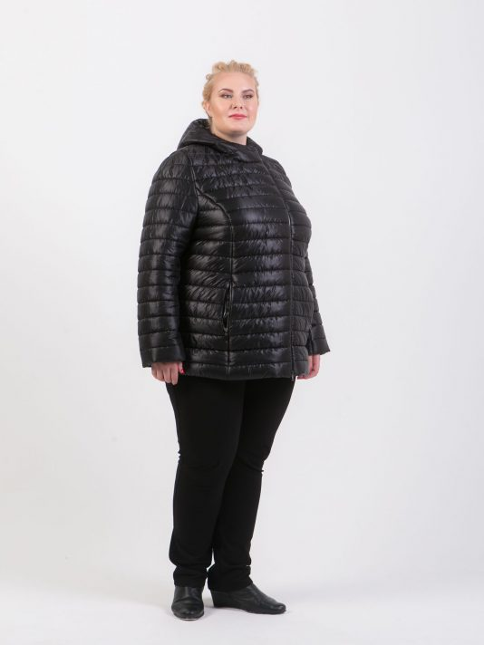 Черная стеганая куртка на молнии, цвет черный в интернет-магазине Фабрики Тревери