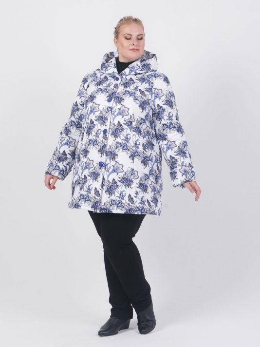 Принтованная демисезонная куртка с капюшоном, цвет фиолетовый в интернет-магазине Фабрики Тревери