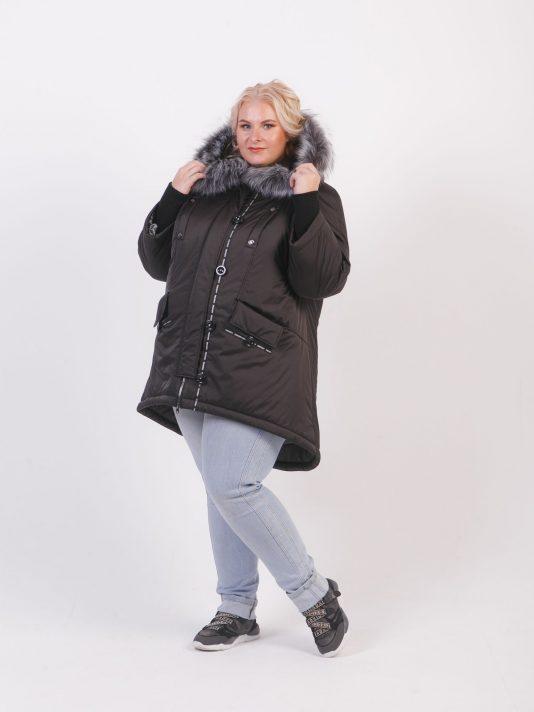 Молодежная брендированная куртка с асимметричным низом, цвет черный в интернет-магазине Фабрики Тревери