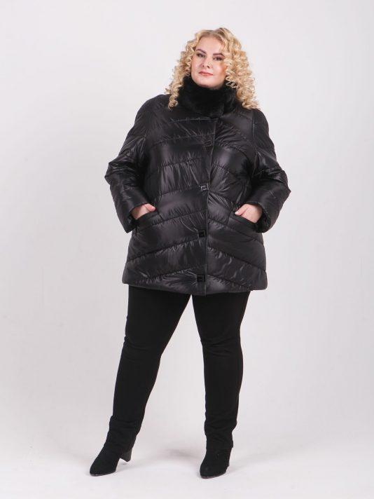 Стеганная куртка с меховым воротником стойка, цвет черный в интернет-магазине Фабрики Тревери
