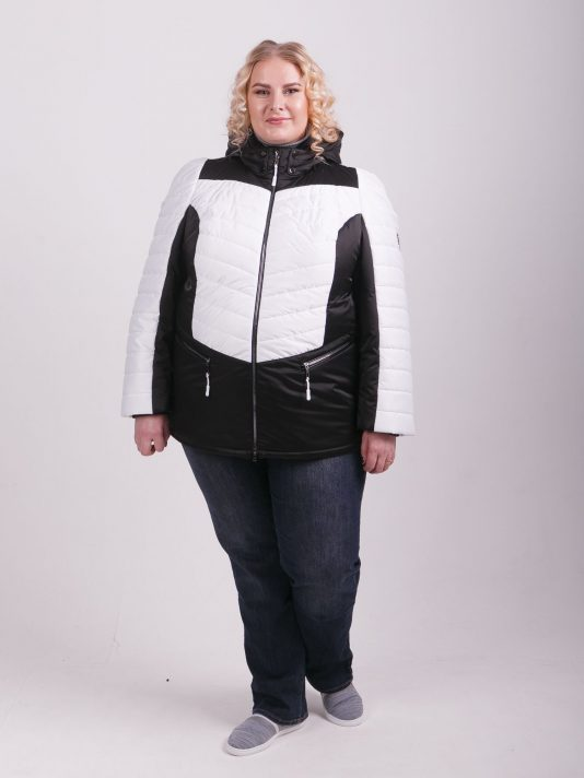 Яркая  куртка из двух плащевых тканей, цвет черный в интернет-магазине Фабрики Тревери