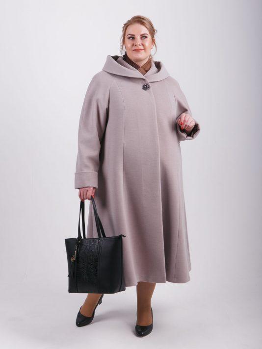 Элегантное женское пальто из нежного на ощупь драпа силуэта трапеция, цвет бежевый в интернет-магазине Фабрики Тревери