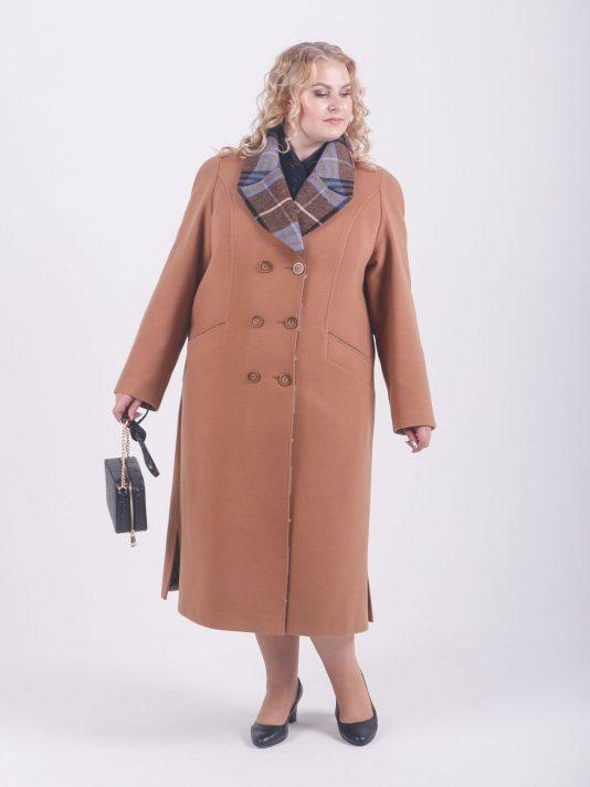 Комбинированное пальто песочно-бежевого цвета, цвет рыжий в интернет-магазине Фабрики Тревери