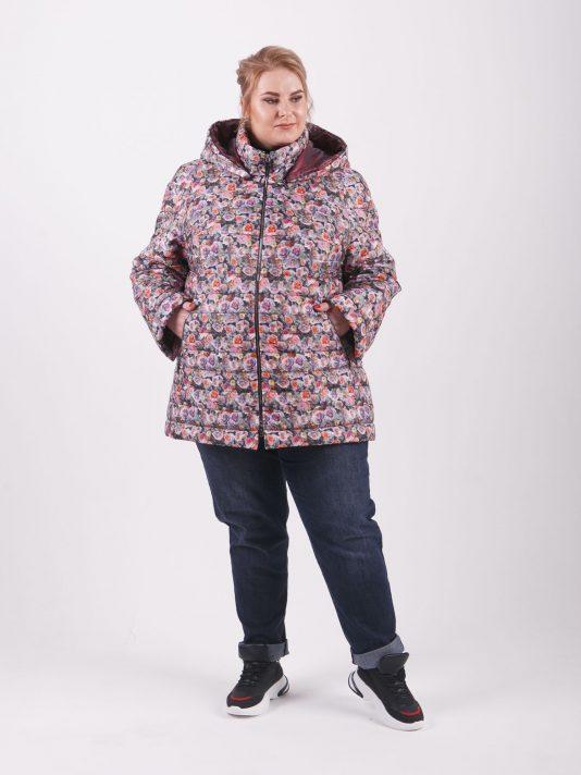 Куртка из ткани с ярким мультиколоровым принтом в виде цветов, цвет розовый в интернет-магазине Фабрики Тревери