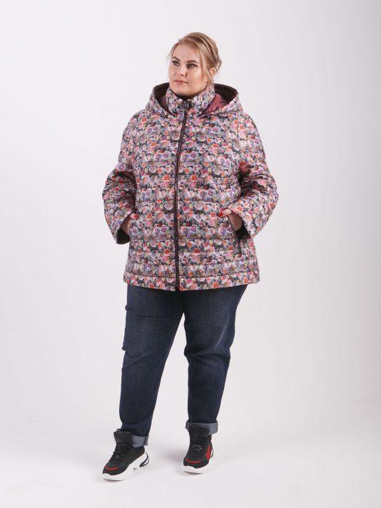 Женская куртка с цветным принтом, цвет розовый в интернет-магазине Фабрики Тревери
