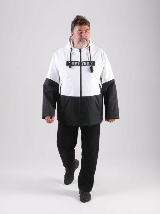 Черно-белая мужская куртка с брендированной лентой, цвет черный в интернет-магазине Фабрики Тревери