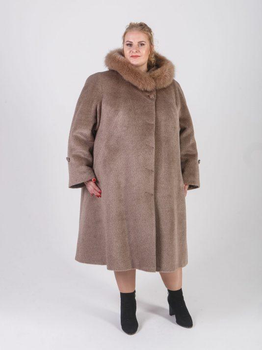 Зимнее пальто из Альпаки с песцом, цвет бежевый в интернет-магазине Фабрики Тревери
