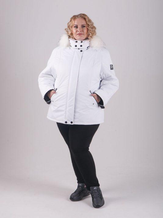 Женская белая куртка с енотом, цвет белый в интернет-магазине Фабрики Тревери