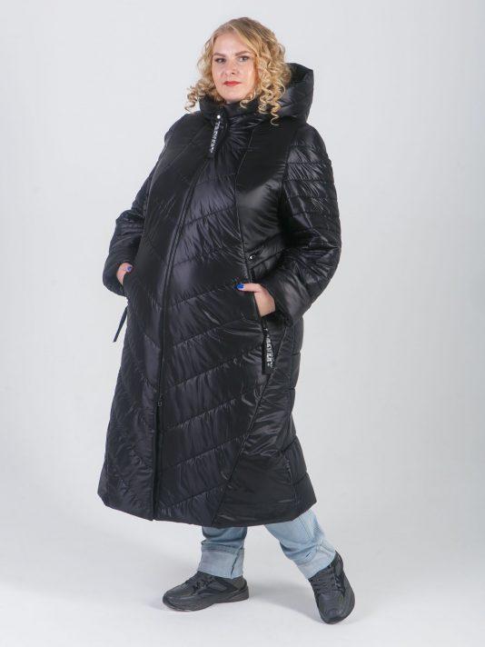 Брендированное, удлиненное женское пальто из стеганной ткани, цвет черный в интернет-магазине Фабрики Тревери
