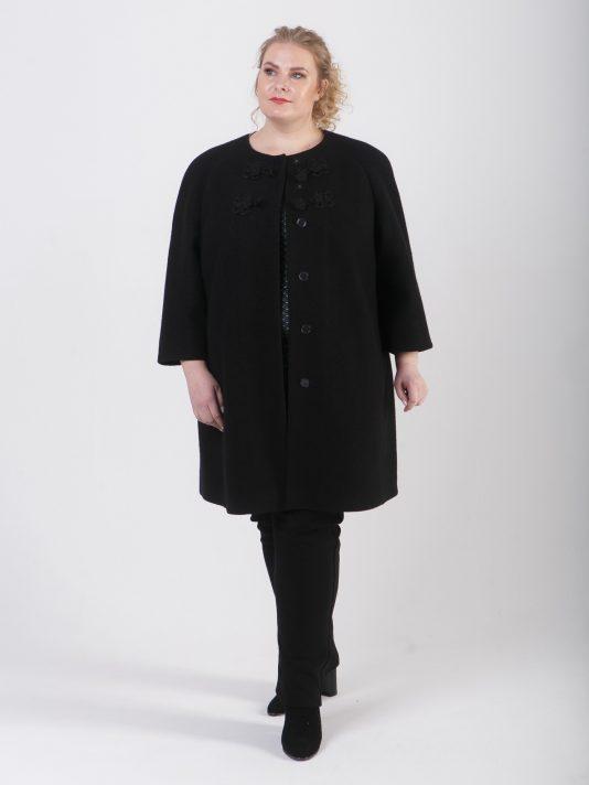 Легкое пальто Шанель из варенки с клевантами, цвет черный в интернет-магазине Фабрики Тревери