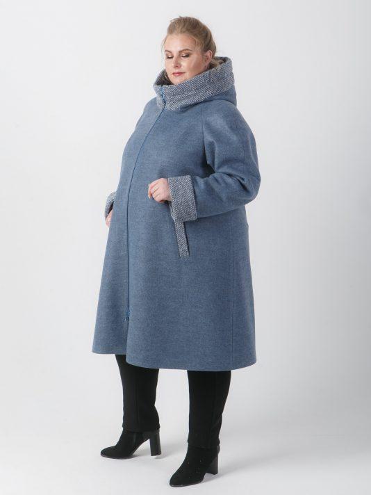 Спортивное серо-голубое пальто с отделкой в рубчик, цвет серый в интернет-магазине Фабрики Тревери