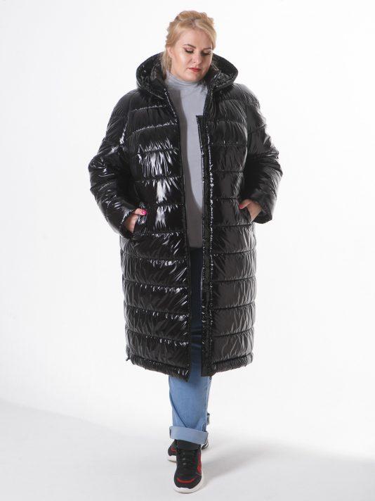 Молодежное пальто из стеганной блестящей плащевки, черного цвета, цвет черный в интернет-магазине Фабрики Тревери