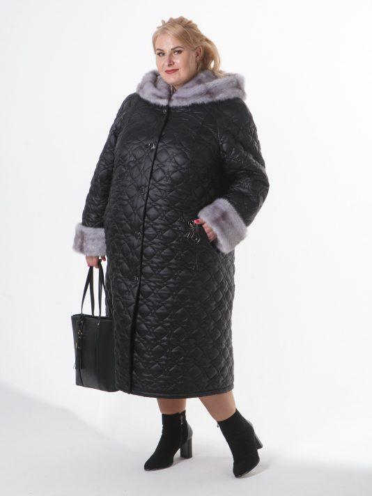 Пальто с норкой-крестовкой и подвеской на один бок , цвет черный в интернет-магазине Фабрики Тревери