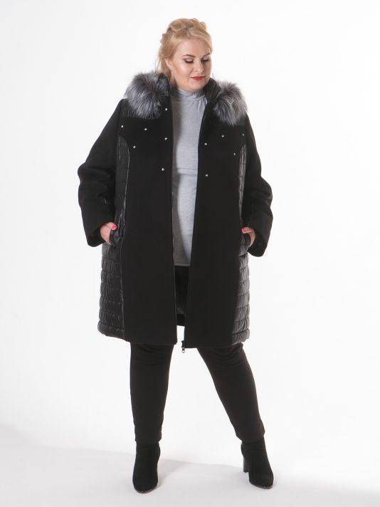 Стильное пальто драп и стежка со стразами и эко-мехом из чернобурки, цвет черный в интернет-магазине Фабрики Тревери